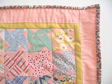 Free Quilt Patterns for Table Runners & Decor - Page 6